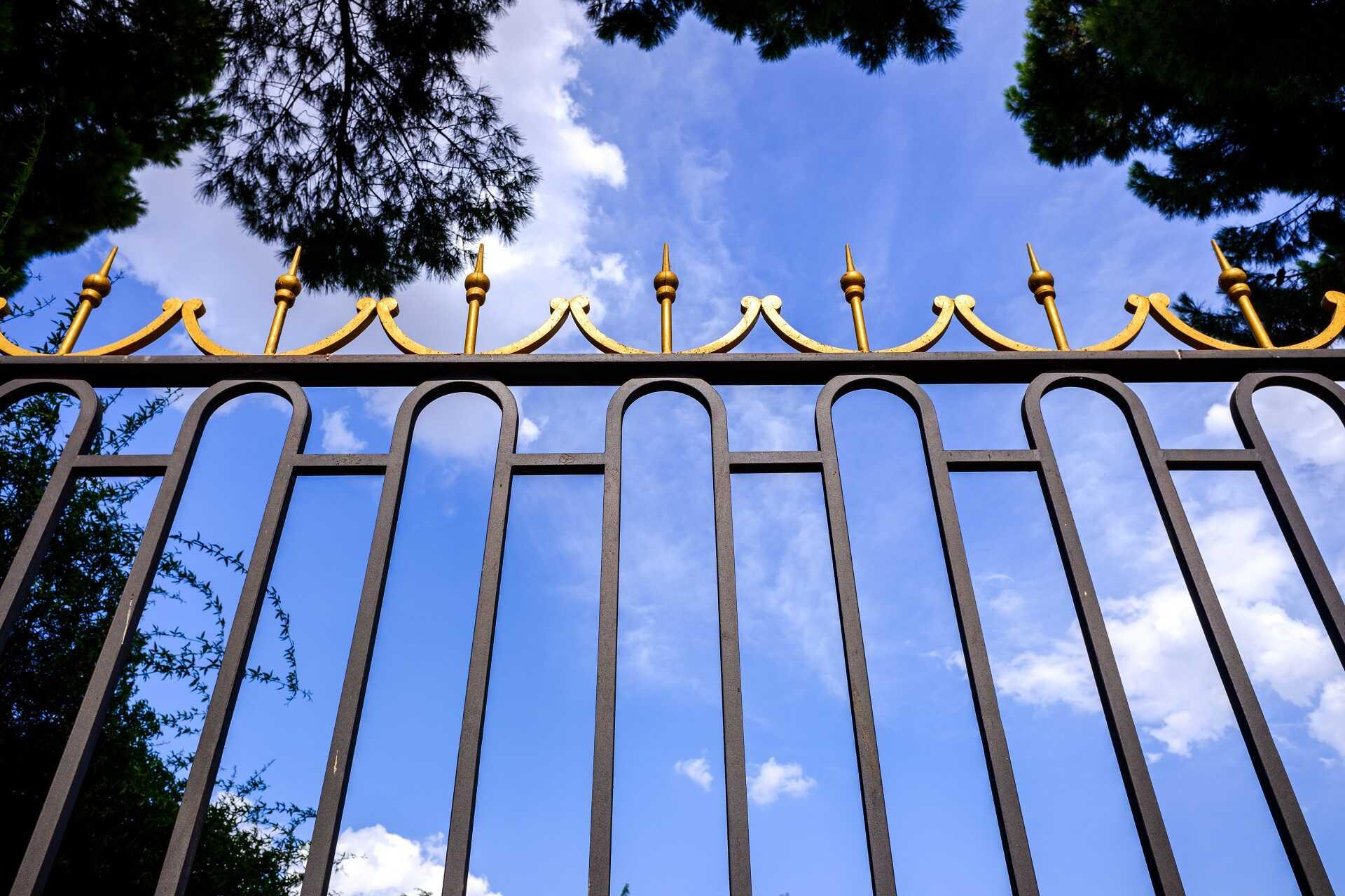 Vrata a brány Praha 9